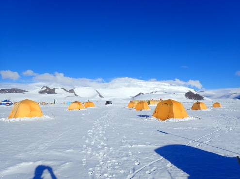 Shackleton camp © www.elizabeth-erickson.com