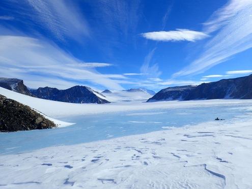 Blue ice glacier © www.elizabeth-erickson.com